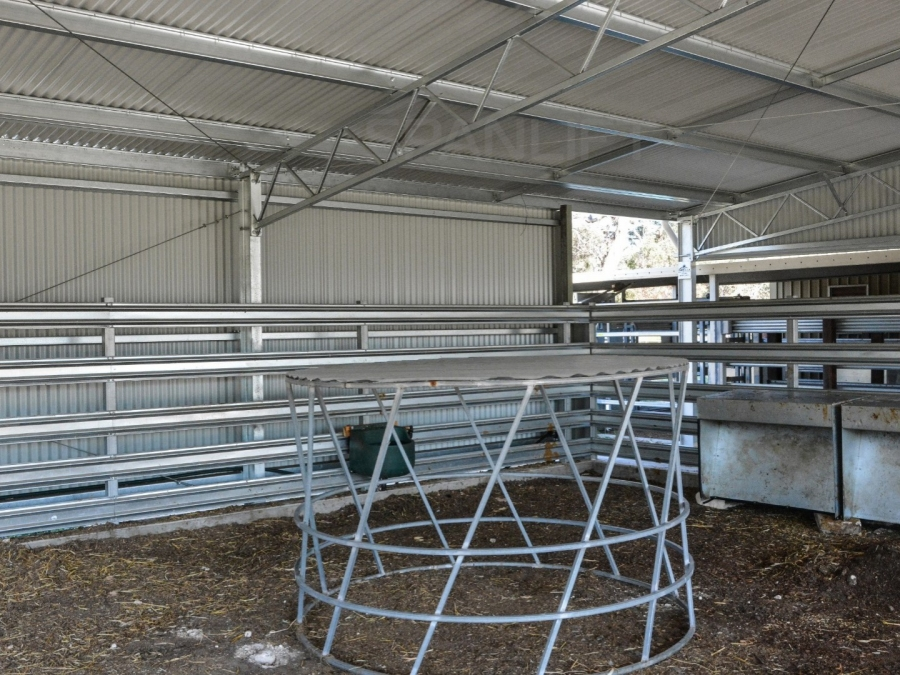 Beef Yard Cover 18 Spanlift 8r1c C