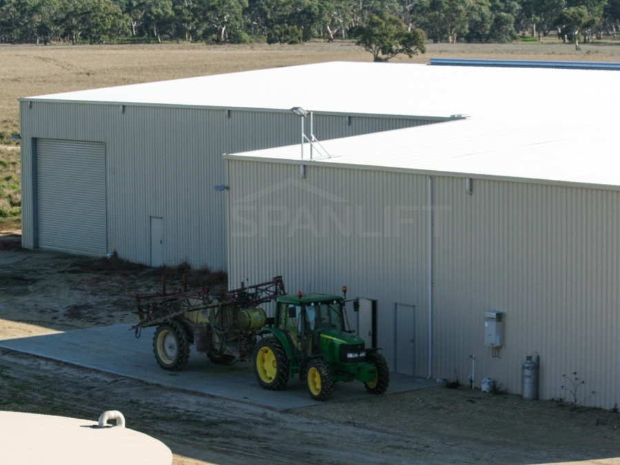 Farm Workshop Shed 22 Spanlift HIP35D