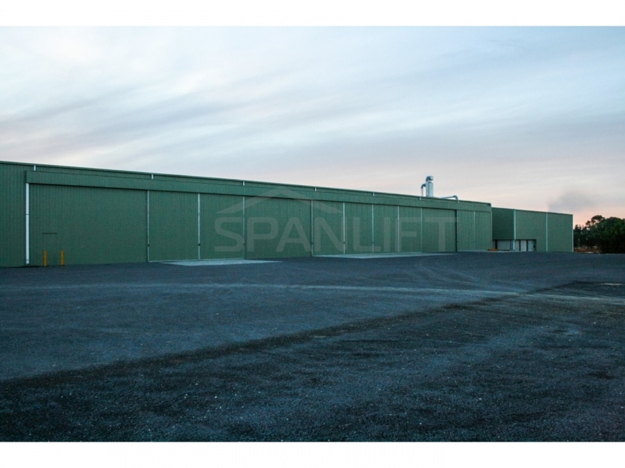 Warehouse Distribution Buildings 26 Spanlift 861p7C - Warehouse / Office