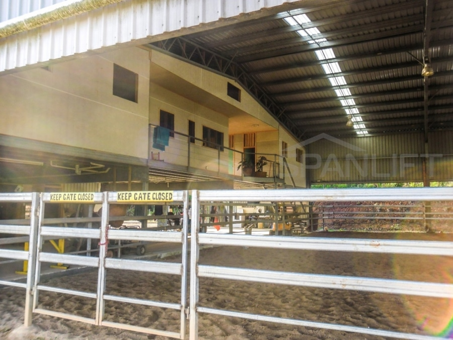 Dressage Riding Arena 9 Spanlift 97GcAr