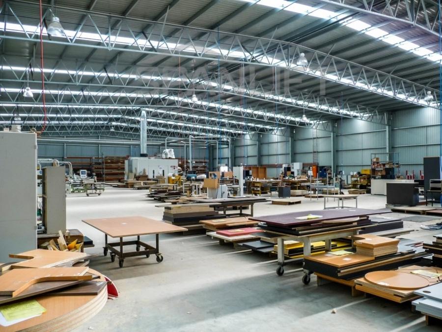Manufacturing Workshop 16 Spanlift V79400